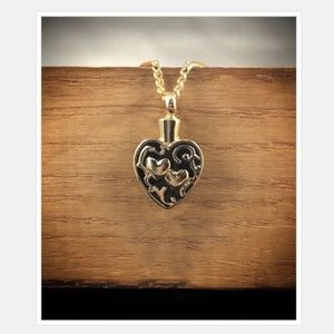 Jewelry - Black and Gold Heart Urn Pendant Necklace